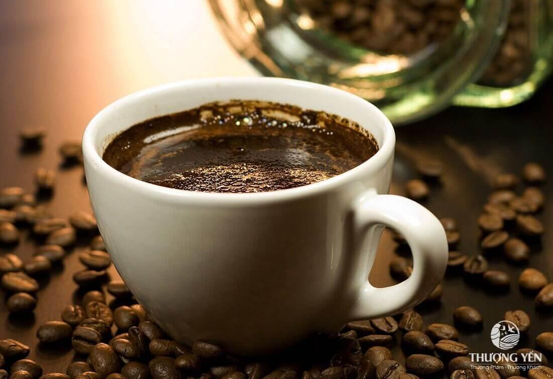 Mẹ bầu thiếu máu không nên uống cà phê