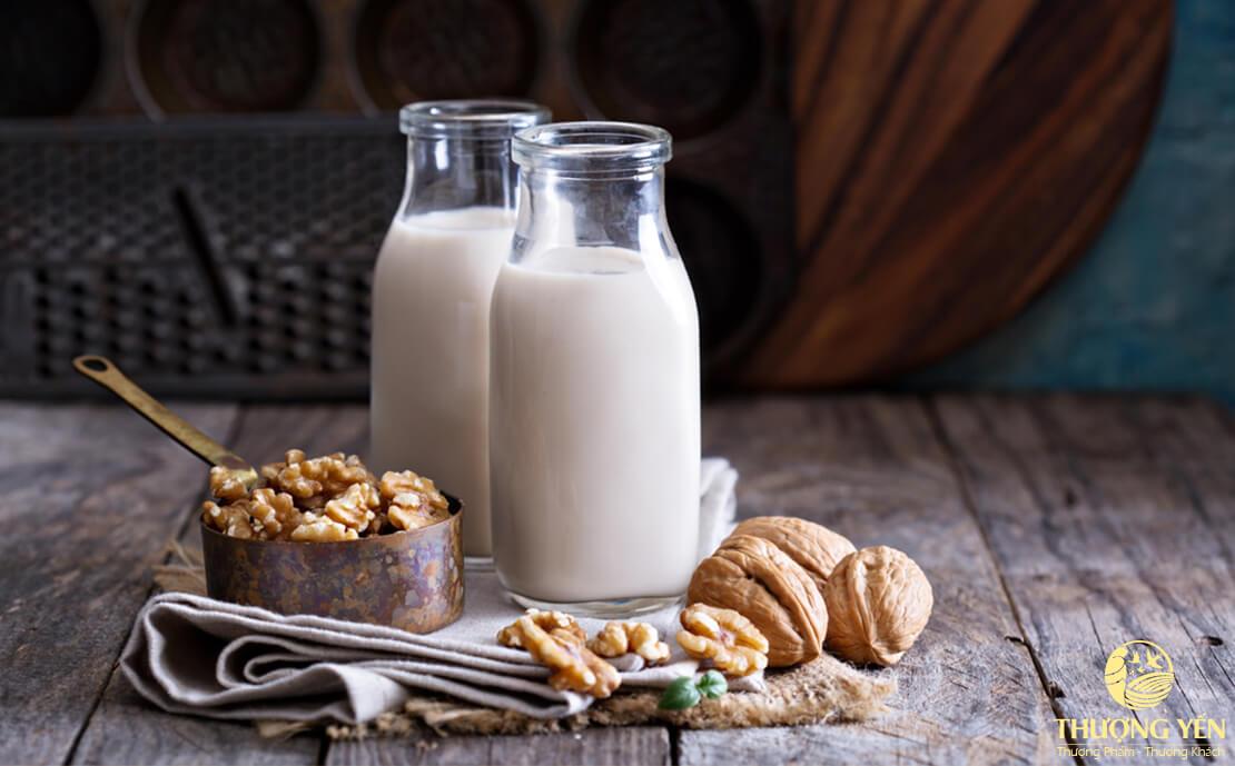 Sau sinh nên ăn gì và kiêng gì để sức khỏe mẹ nhanh hồi phục?