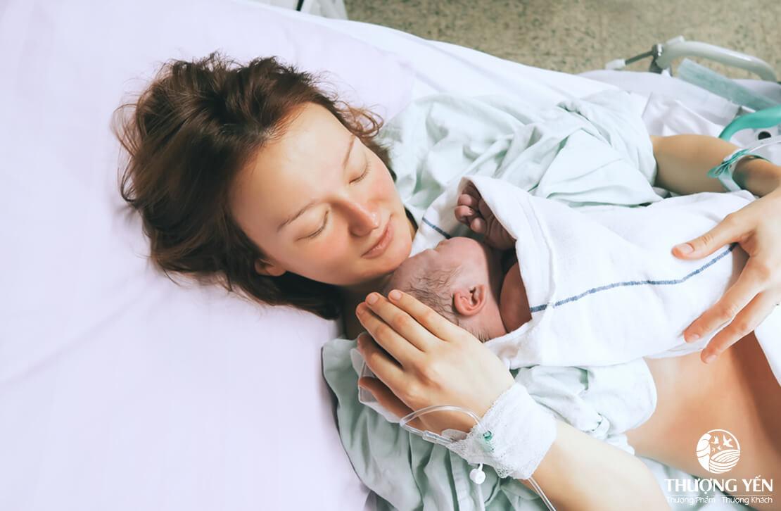Phụ nữ sau sinh mổ nên ăn gì để nhanh phục hồi, nhanh về sữa?